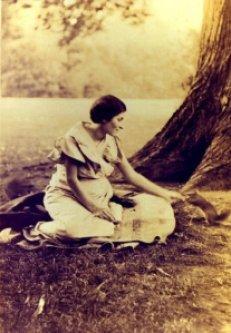 Artemis Pavellas, pregnant with Ron Pavellas, San Francisco, 1936